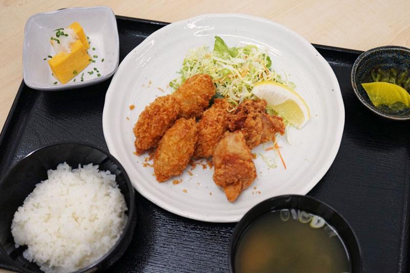 いかフライ定食(からあげ2ヶ付き)